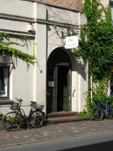 Eingang des Café Jerusalem