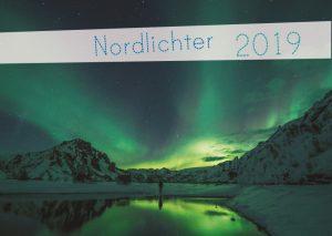 Nordlichter 2019 – Titelseite mit Polarlichtern
